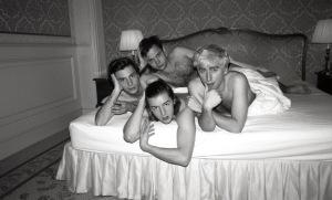 Die vier Herren von Bilderbuch im Bett