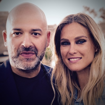 Replay CEO Matteo Sinigaglia mit Bar Rafaeli