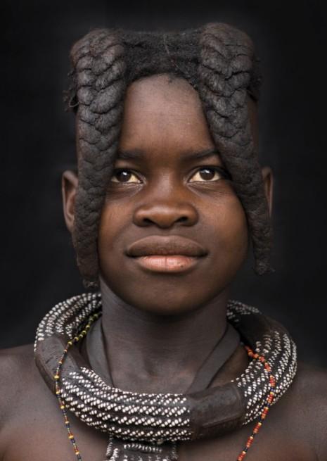 Auffallende Frisur in Namibia